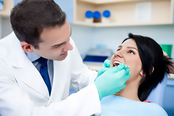 experienced cosmetic dentist Anchorage, AK